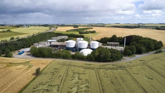 Nature Energy har overtaget biogasanlægget Bånlev Biogas, som er placeret i Trige vest for Aarhus. Anlægget er Nature Energys 10. biogasanlæg i drift.