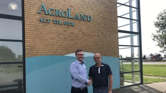 Fra 1. oktober 2019 overtager Vestjyllands Andel aktiviteterne i AgroLand i Vamdrup. I samme forbindelse ændrer grovvareselskabets fysiske butikker navn fra Energi & Hobby til netop AgroLand.