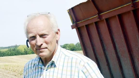 - Overordnet set, så har det været et kanongodt høstår, både hvad angår kornafgrøder, frøgræs og havefrø, lyder det fra Per Funch Clausen hos Jensen Seeds i Birkum.