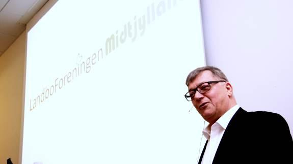 Fremtidens klima, fremtidens finansiering og fremtidens andelsbevægelse er hovedtemaerne når syv midt- og østjyske landboforeninger holder landbrugskonference i Silkeborg 21. november.