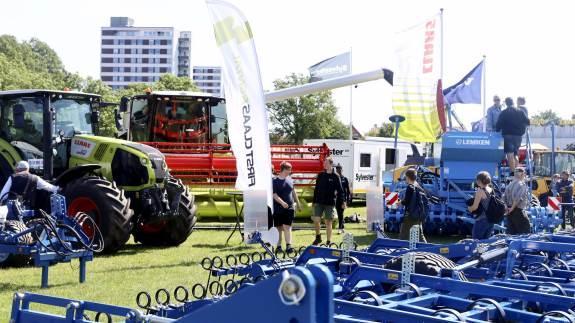 Som noget nyt bliver mulighed for at demonstrere maskiner i en særlig maskinring. Også andre nye tiltag kan der ses frem til ved næste års dyrskue i Odense.