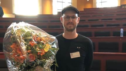 """»Fremtidens landbrug« er titlen på Jeppe Lykkegaard Christensens afslutningsopgave på Agrarøkonomstudiet, som han nu har vundet """"Årets Agrarøkonompris"""" med."""