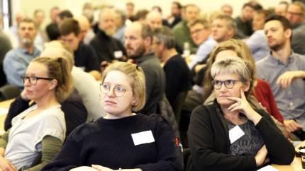 Eksperter inden for jordbundsområdet og interesserede landmænd mødtes til »Jordbundens dag«, hvor fokus blandt andet var på at stoppe jorderosion.