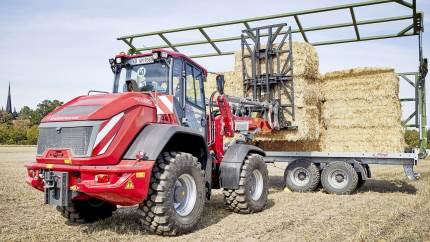 Ny hjullæsser med variabel hydrostatisk transmission bejler til både landbruget og entreprenørerne.