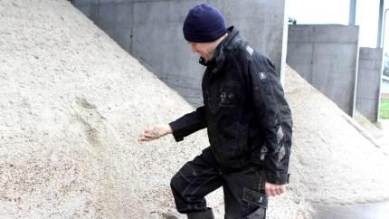 Sandseparering sparer blandt andet 400.000 kroner om året til indkøb af nyt sand til sengebåsene på Søndergaard, og med tiden håber Jacob Adler Jensen, at det også kan give en økonomisk gevinst, at man nu kan levere gylle til biogas.