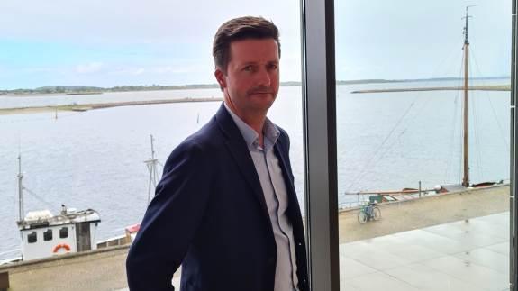 Tidligere i år fik Sparekassen Sjælland-Fyn ny landbrugschef. Peter Jørgensen har en fortid som markedschef hos VKST. Og det giver klare fordele for bankens landbrugskunder, mener han.