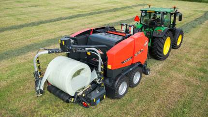 De orange græsmaskiner fra Kuhn kommer i juni forbi flere danske byer spredt over hele landet.