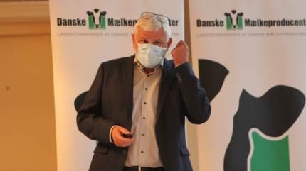 De sidste 10 år er danske Arla-leverandører, ifølge LDM-formand Kjartan Poulsen, gået glip af mere end seks milliarder kroner. Det var en af grundene til, at formanden så sig nødsaget til at finde mundbindet frem under LDM's generalforsamling.
