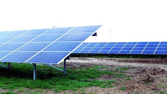 Går du med en drøm om at etablere solceller er der flere ting man skal være opmærksom på, mener rådgiver og CEO Karen Feddersen, KF Miljø ApS.