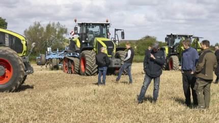 I de seneste uger er flere traktornyheder vist frem ved lokale markdemonstrationer.