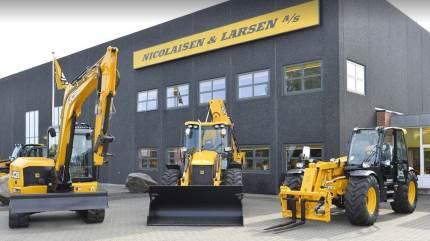 Der er travlt hos Nicolaisen & Larsen A/S, som blandt andet har haft forhandlingen af JCB siden 1975.