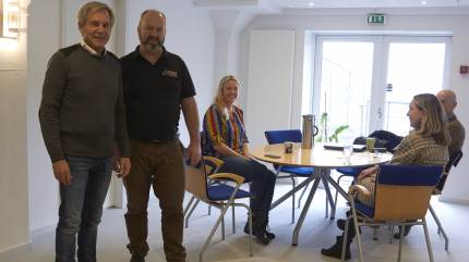 Med stor succes har A-One Danmark specialiseret sig i foder til søer og smågrise op til 30 kg. Opskriften handler mere om kvalitet end pris. Og med låste recepter bliver kunderne ved med at vende tilbage, fordi de ved, at råvarerne i blandingerne altid er de samme uanset prisudsving i markedet.