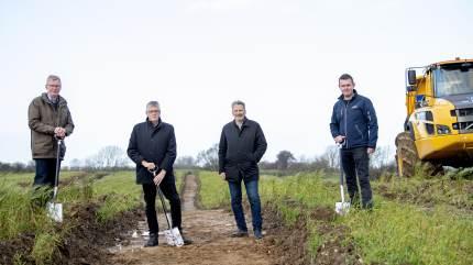 For nylig blev det første spadestik taget til det kommende biogasanlæg i storskala, nemlig Nature Energy Kværs.