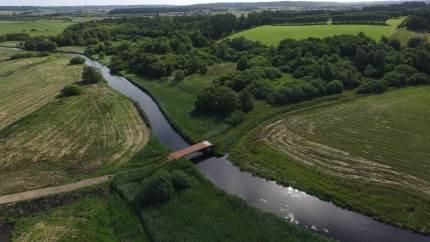 I løbet af de næste par år bliver over 700 hektar lavtliggende marker i Nørreådalen ved Viborg taget ud af drift til fordel for vild natur ved hjælp af multifunktionel jordfordeling.