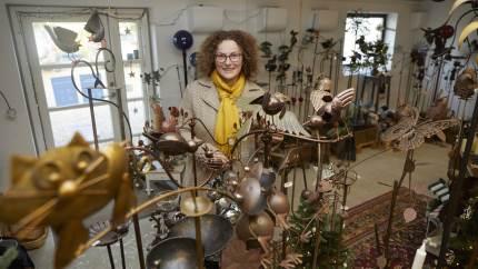 Med de aflyste julemarkeder har Stine Laybourn yderligere opgraderet sin udstilling og nethandlen fra landejendommen i Øksendrup.
