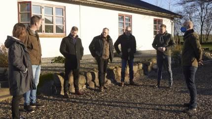 Charlotte og Søren Vejen, Vendsyssel, viste frem, da Rasmus Prehn (A), besøgte sit første kvægbrug som fødevareminister.