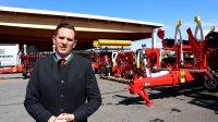 Pöttinger, der producerer græs- og jordbearbejdningsmaskiner, har tredoblet omsætningen i Danmark på bare tre år til fire millioner euro og har samtidig etableret både DK-selskab og et reservedelslager i Hobro. Interview med Lars Andreasen fra Pöttinger.