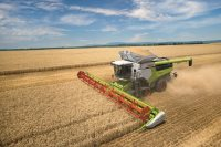 Hør Niels Stræde Danielsen, Sales- and Product Manager Harvest for Danish Agro Machinery A/S, fortælle om de nye Claas Lexion-mejetærskere.