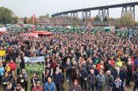 Interview med Peter Rosendal, bestyrelsesmedlem i Bæredygtigt Landbrug, i anledning af de store tyske demonstrationer, hvor landmænd viser deres utilfredshed med de aktuelle betingelser for at drive landbrug i Tyskland netop nu.