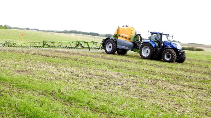 L&F's planteformand er tilfreds med, at man i landbruget holder det politiske mål, når det kommer til belastningen af miljø og sundhed for anvendelsen af pesticider.