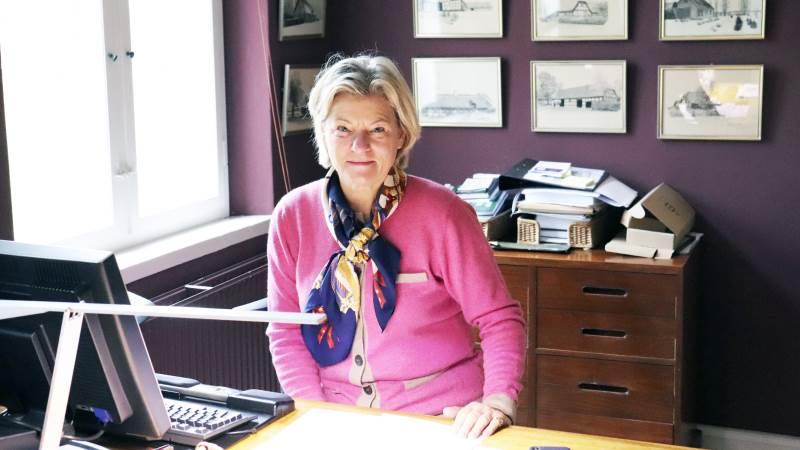 - Vi vil gerne bruge de nyeste dyrkningsteknikker såsom gradueret gødskning, præcisionslandbrug og lignende, fortæller Jytte Krag-Juel-Vind-Frijs, som de seneste år har haft ansvar for driften af Halsted Kloster, der ejes af hendes mand Mogens Krag-Juel-Vind-Frijs.