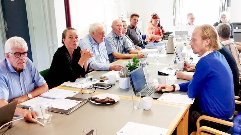 - Det er dejligt, at så mange lokale ildsjæle og iværksættere har fået øjnene op for LAG-ordningen, siger formanden for bestyrelsen i LAG Midt-Nordvestsjælland, Flemming Engtoft Larsen (yderst tv).