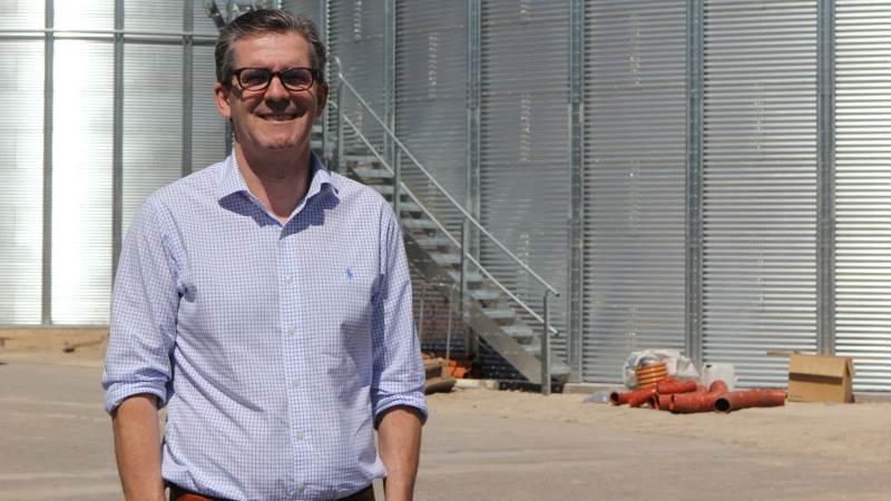 Hedegaards administrerende direktør, Mads Kristensen, glæder sig over, at man med tilføjelsen af de to nye siloer øger kornkapaciteten fra 9.000 til 17.000 tons i Vebbestrup.