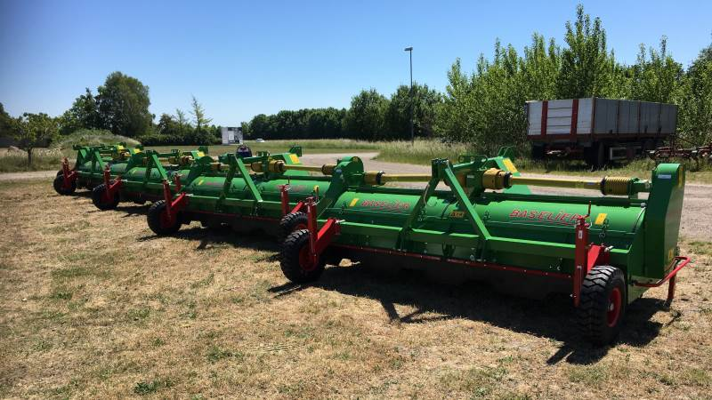 De første fire maskiner til afløsning af Reglone er ankommet til Danmark fra hollandske Baselier.