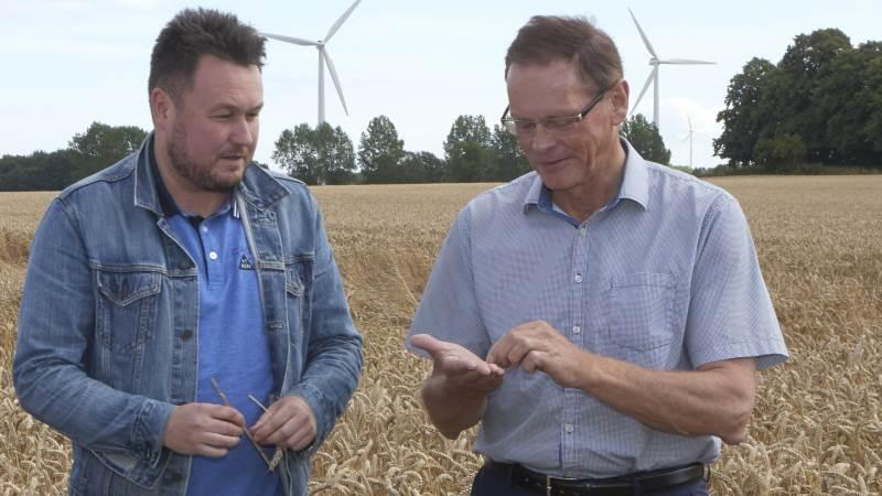 Der er enighed mellem Socialdemokratiets ordfører Anders Kronborg (tv) og Venstres ordfører, Erling Bonnesen, om, at omlægning af landbrugsstøtten i en grøn retning ikke må koste arbejdspladser.