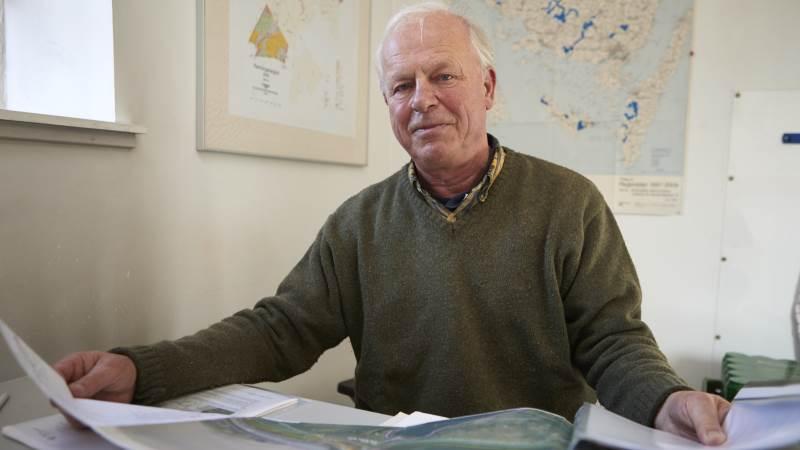 Stig Bille Brahe Selby har brugt masser af timer og arbejde med dokumentation og erstatningskrav for den to kilometer Baltic Pipe, som kommer til at skære to kilometer gennem Rønningesøgaards jorde.