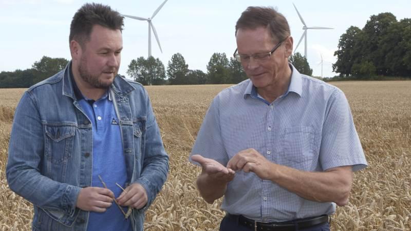 Fødevareordførerne for Socialdemokratiet og Venstre, Anders Kronborg (til højre) og Erling Bonnesen, er enige om, at miljøkrav ikke må spolere de danske landmænds og fødevarevirksomheders konkurrenceevne på de udenlandske markeder. Foto: Erik Hansen