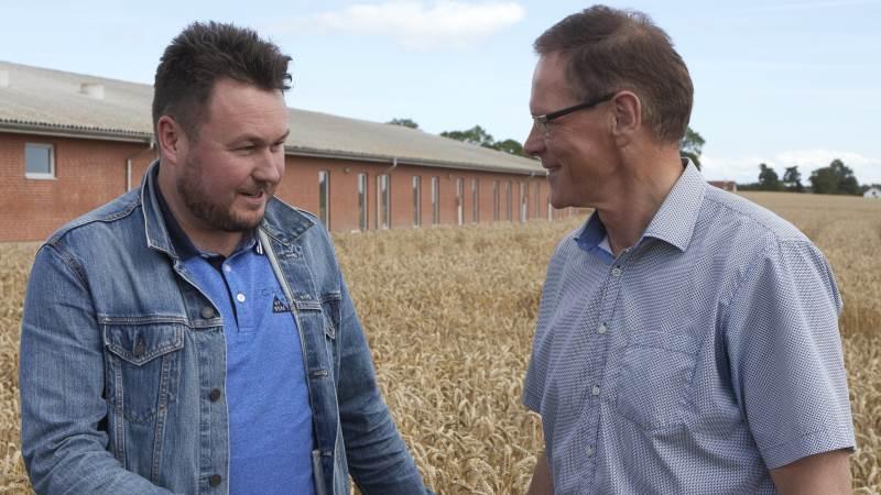 Anders Kronborg (S) og Erling Bonnesen (V) har så godt som givet hinanden håndslag på, at der skal være et bredt forlig hen over midten om udmøntningen i Danmark af EU's reform af landbrugspolitikken. Foto: Erik Hansen