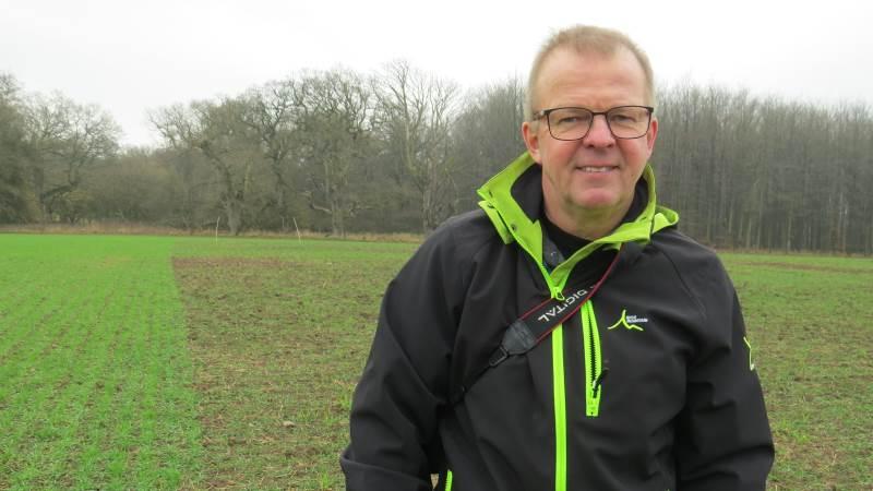 Landskonsulent Leif Hagelskjær, Seges giver gode råd til dyrkning af vårbyg til foder og vurderer, at vårbyg under de rette betingelser og med omhyggelig dyrkning, kan give gode udbytter og god økonomi. Foto: Erik Kjærgaard Christensen