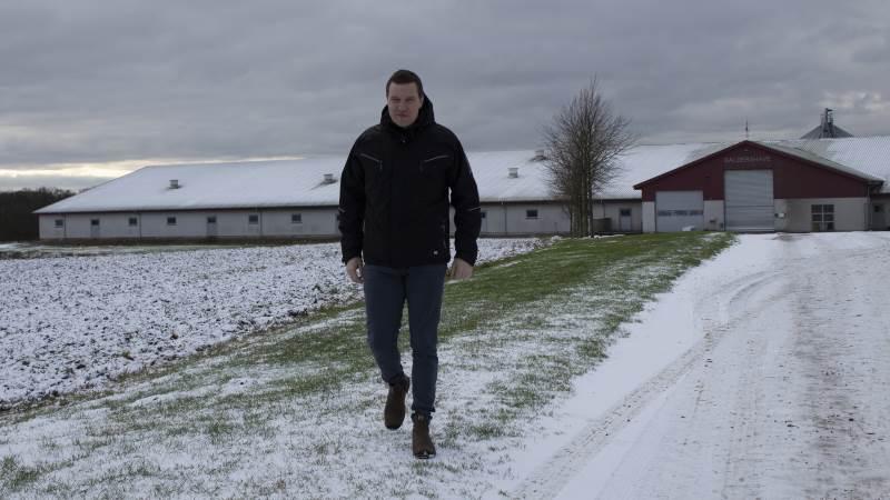Landbrug & Fødevarers nye formand, svineproducent Søren Søndergaard, kommer til generalforsamlingen i L&F Centrovice. På grund af coronaen er den rykket til 26. maj. Foto: Morten Ipsen