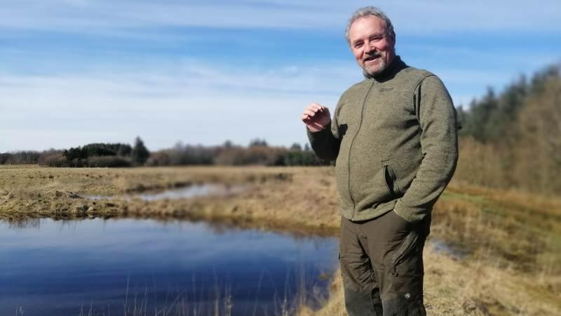 Henrik Bertelsen har blandt andet trukket dette område ud af sine ansøgninger om landbrugsstøtte, og har i stedet anlagt et vandhul.