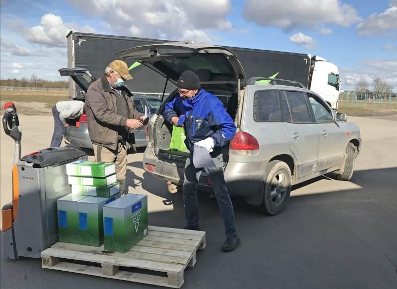 Der har været travlt med udlevering af frø hos MariboHilleshög i Holeby. Foto: Ulrik Larsen