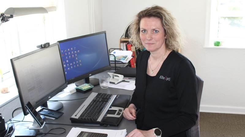 Birgitte Bendixen Møller ejer og driver Elite Opti fra hjemadressen ved Gesten nær Vejen i Sydjylland. Kunderne findes i hele landet samt i udlandet. Foto: John Ankersen