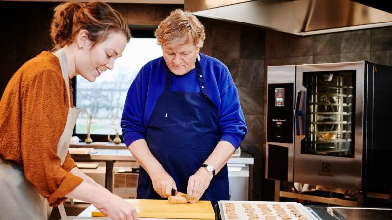 Udover at være idémanden bag Kornets Hus er Jørn Ussing Larsen ansvarlig for undervisningen i huset sammen med Christiane Lindrup. Foto: Svenn Hjartason