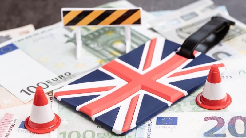 Brexit-aftalen har på mange måder sat en bremseklods for handel mellem Storbritannien og EU, når det gælder eksport af fødevarer mod kontinentet. Særligt er de små virksomheder blevet ramt af den øgede bureaukrati. Foto: Colourbox