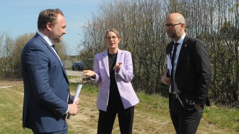 Klimaminister Dan Jørgensen (S), miljøminister Lea Wermelin (S) og fødevareminister Rasmus Prehn (S) står med en stor udfordring i at lave en bred aftale omkring regeringens landbrugsudspil. Foto: Lasse Ege Pedersen
