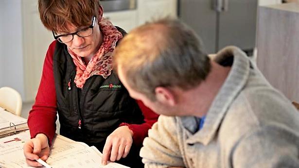 Arla har valgt at indgå i samarbejde med Syddansk Kvæg om udførsel af dette års klimatjek. Reelt er det dog et firkløver bestående af Syddansk Kvæg, vestjysk, KvægXperten samt Lemvigegnens Landboforening.