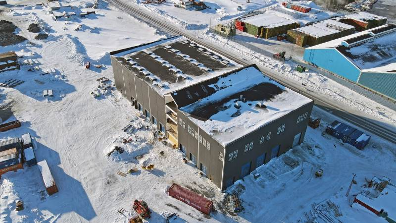 Usisaats nye hovedkvarter i fugleperspektiv. Det nye domicil bliver på 5.700 etagemeter og det er MT Højgaard, som bygger for Usisaat, som rykker ind med salg og service af Manitou som grønlandsk forhandler for Scantruck.