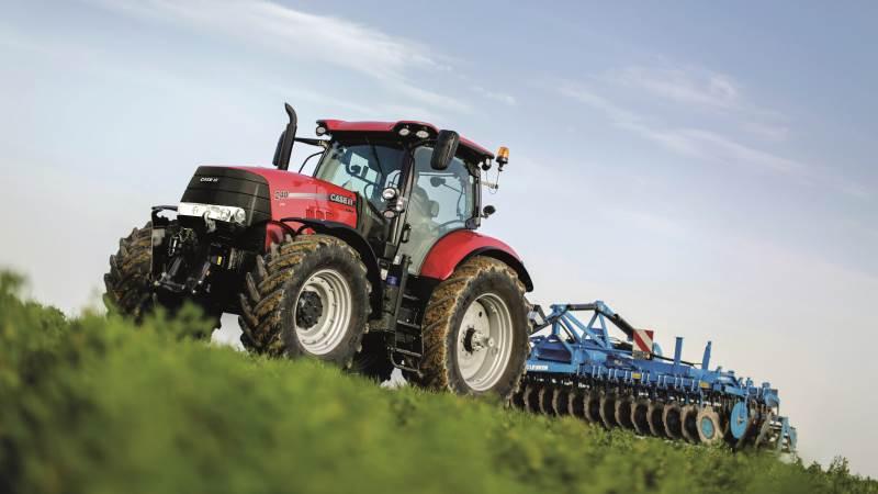 Der er status quo for traktorsalget i april måned. 109 traktorenheder blev der solgt mod det samme antal sidste år, men pladserne er bytte rundt. Case IH tager førstepladsen med 25 enheder, som svarer til en markedsandel på næsten 23 procent. John Deere rykker ned på andenpladsen i forhold til marts måned med 20 traktorenheder og New Holland på tredjepladsen med 17 enheder. Arkivfoto