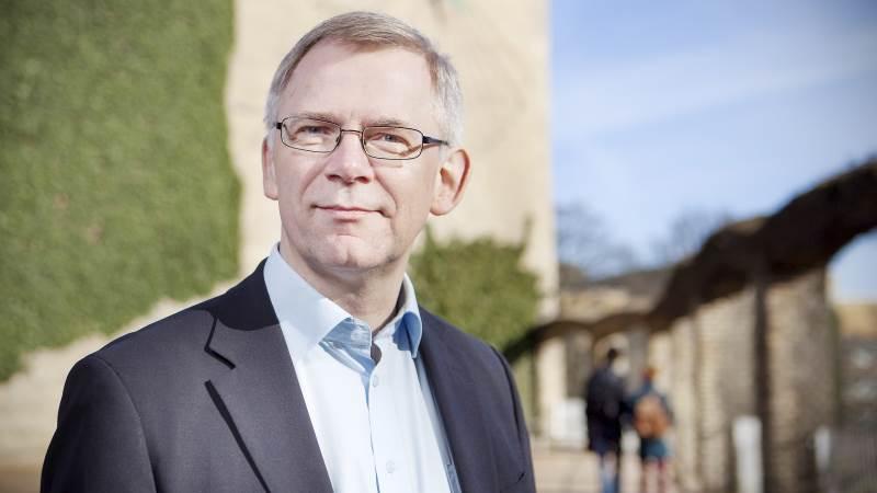 Rektor på Aarhus Universitet, Brian Bech Nielsen, fortæller, at universitetets chefjurist fratræder jobbet, da hun ikke rettidigt har informeret ham om, at beslutningen om at forhale aktindsigter var i strid med loven, og hun har givet utilstrækkelige oplysninger til myndighederne om forløbet. Foto: Aarhus Universitet