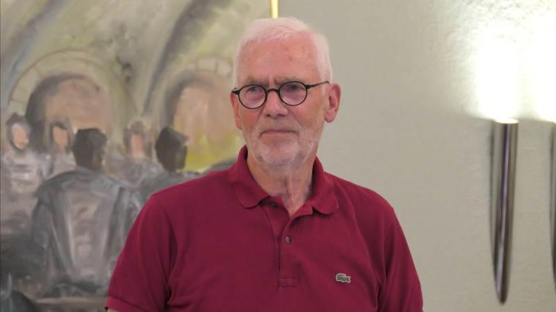 Thorkild Fink takkede for de mange års vigtige samarbejde i det ganske spontant opståede Agerskovgruppen, der har taget navn efter Agerskov Kro, hvor gruppens mange møder sædvanligvis afholdes. Fotos: Bøje Østerlund