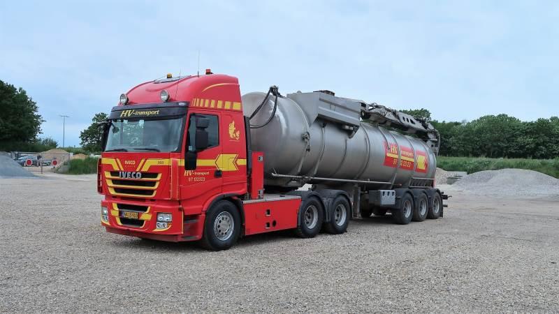 Den første biogas-lastbil er leveret, men den koster 25 procent mere i afgifter til staten end en dieselbil. Foto: Karsten Himmelstrup.