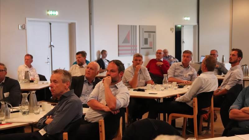60 medlemmer af Danish Farmers Abroad deltog igen fysisk i organisationens halvårskonference i tirsdags. Omkring 30 medlemmer deltog ude fra verden via Teams. Fotos: Jørgen p. Jensen