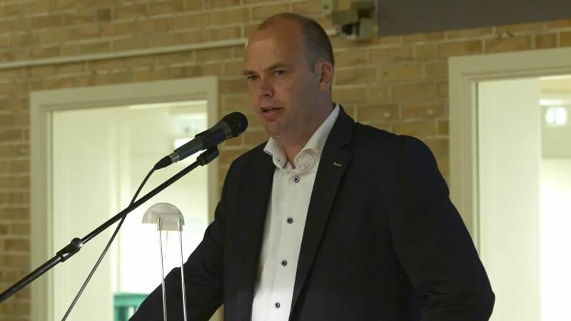 - Det blev tæt og der ligger en kæmpe opgave og ansvar i, at få det vi har lovet ud at virke, sagde en lettet formand, Lars Kristensen, efter stemmerne var talt op.