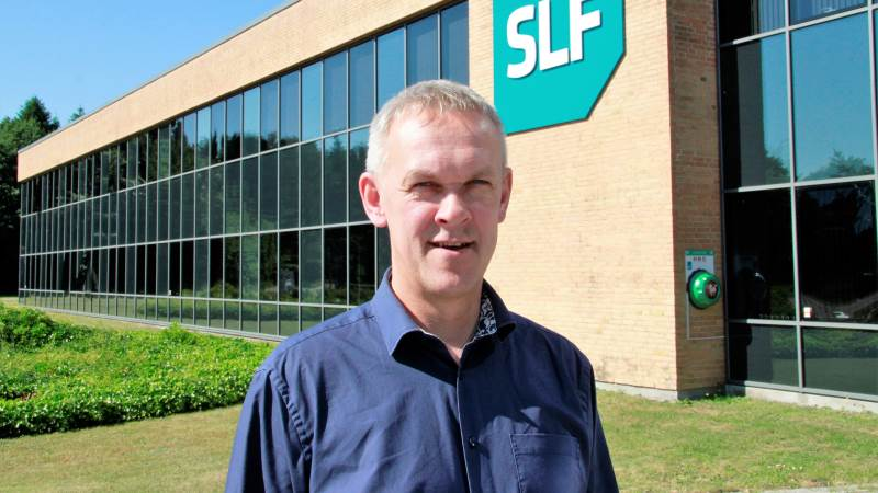 - Vi kan glæde os over et første halvår, hvor omsætningen er steget, selv om der er en hård konkurrence i markedet med færre landmænd, siger direktør i SLF, Brian Lambertsen.