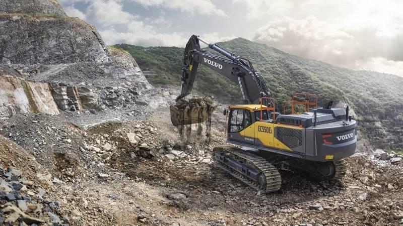 Volvo har forbedret sine store gravemaskiner, så de både har større produktivitet og bedre brændstofeffektivitet.